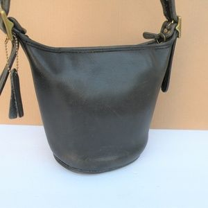 VINTAGE COACH DISTRESSED LEATHER MAGGIE BAG